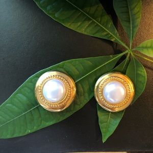 St. John Round Gold Pearl Clip-On Earrings Vintage